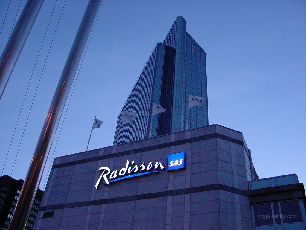 RadissonSAS1.jpg